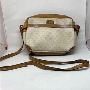 Vintage Gucci crossbody.